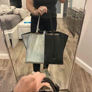 SALE⤵️Fendi 3Jours Two Tone Shoulder Bag Tote